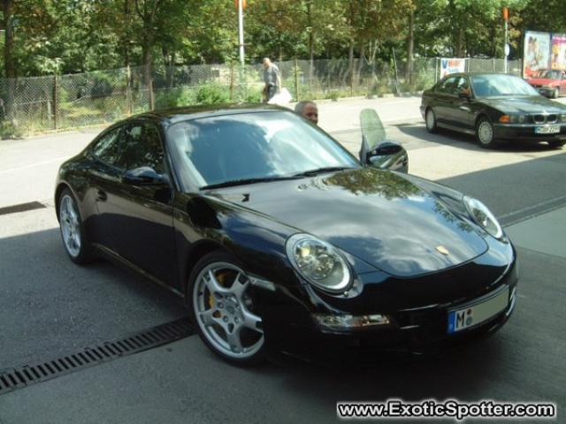 Porsche 911 spotted in Munich, Germany