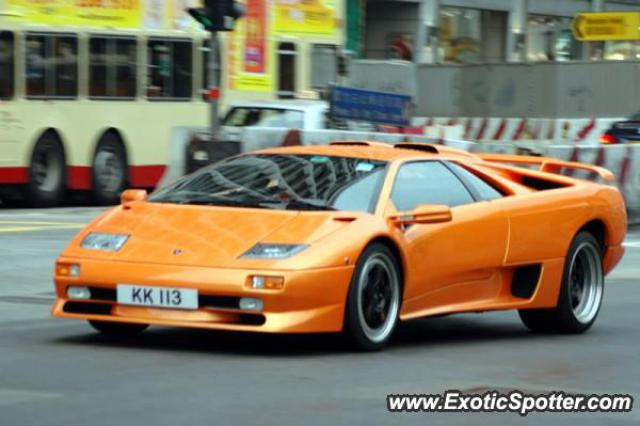lamborghini diablo spotted in hong kong china on 12 24 2004. Black Bedroom Furniture Sets. Home Design Ideas