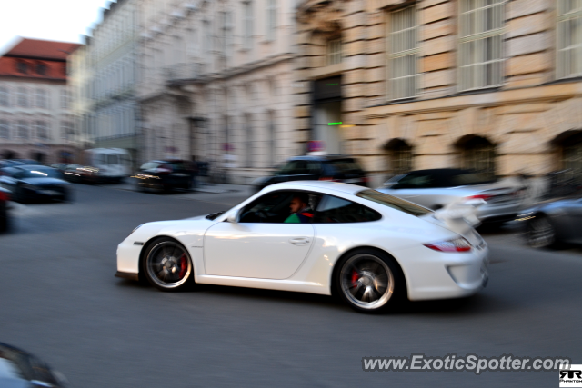 porsche 911 gt3 spotted in munich germany on 04 17 2013. Black Bedroom Furniture Sets. Home Design Ideas