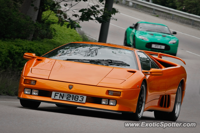 lamborghini diablo spotted in hong kong china on 04 21 2013. Black Bedroom Furniture Sets. Home Design Ideas