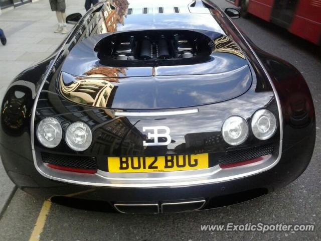 bugatti veyron spotted in london united kingdom on 05 27 2013 photo 2. Black Bedroom Furniture Sets. Home Design Ideas