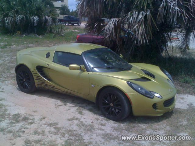 Lotus Elise spotted in Panama City, Florida
