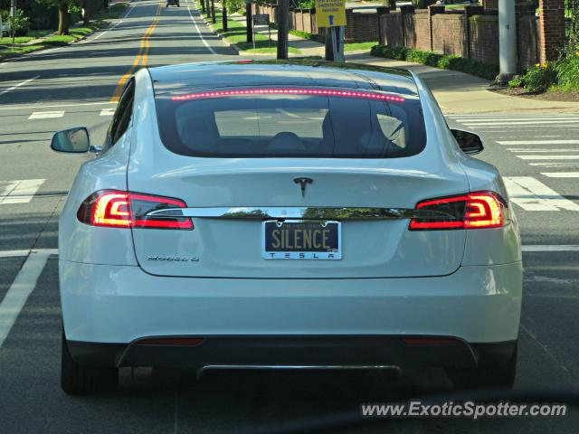 Tesla Model S spotted in Newark, Delaware