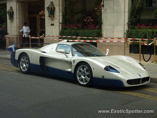 Maserati MC12 spotted in Paris, France