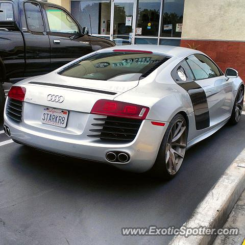 audi r8 spotted in newport beach california on 08 03 2013. Black Bedroom Furniture Sets. Home Design Ideas