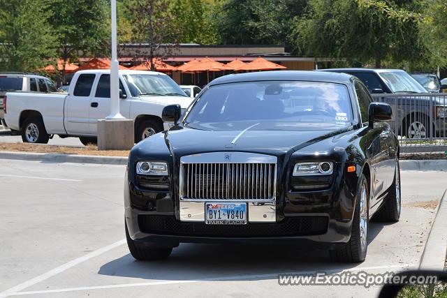 Rolls royce ghost spotted in dallas texas on 08 18 2013 for Rolls royce motor cars dallas