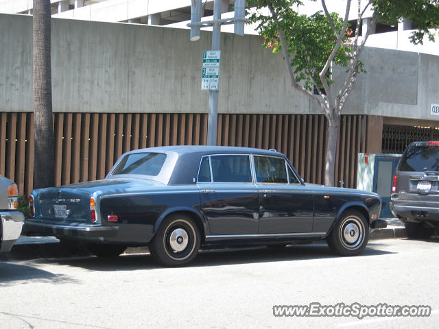 Rolls royce silver shadow spotted in beverly hills for Rolls royce of beverly hills