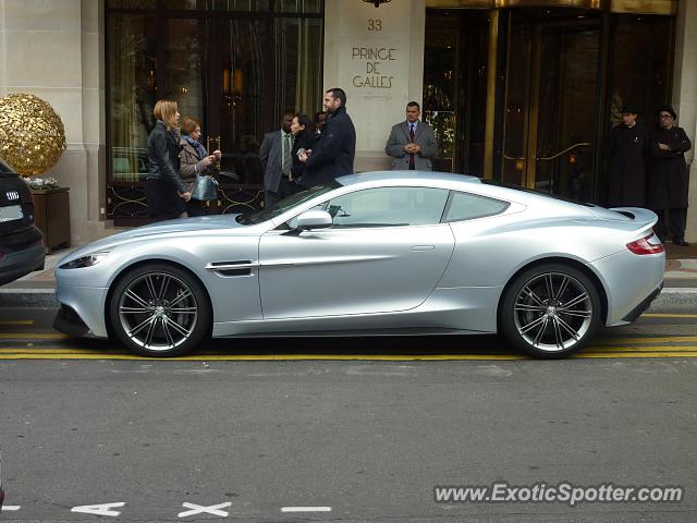 aston martin vanquish spotted in paris france on 10 18 2013. Black Bedroom Furniture Sets. Home Design Ideas