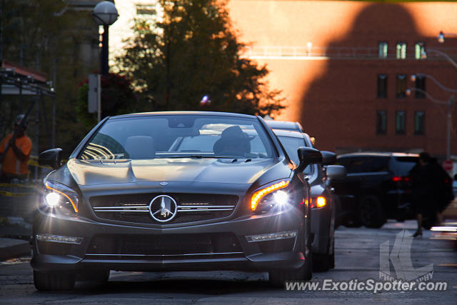 Mercedes SL 65 AMG spotted in Toronto, Canada