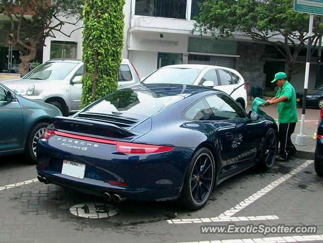 Porsche 911 Spotted In Lima Peru On 10 30 2013
