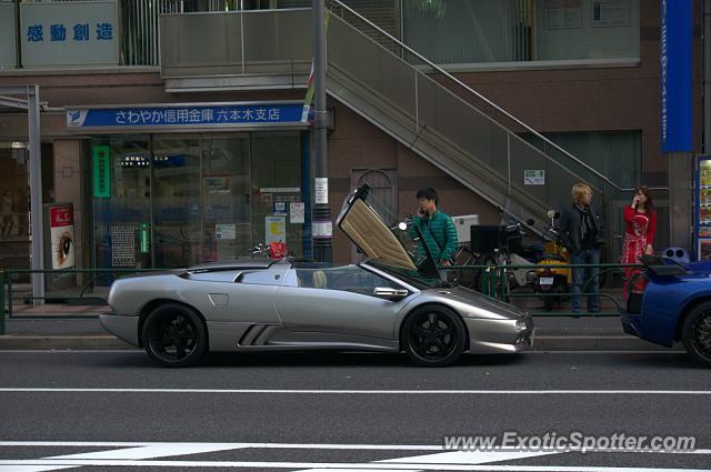 Lamborghini Diablo Spotted In Tokyo Japan On 06 01 2013
