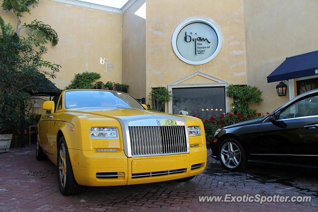 rolls royce phantom spotted in beverly hills california on 11 01 2013 photo 5. Black Bedroom Furniture Sets. Home Design Ideas