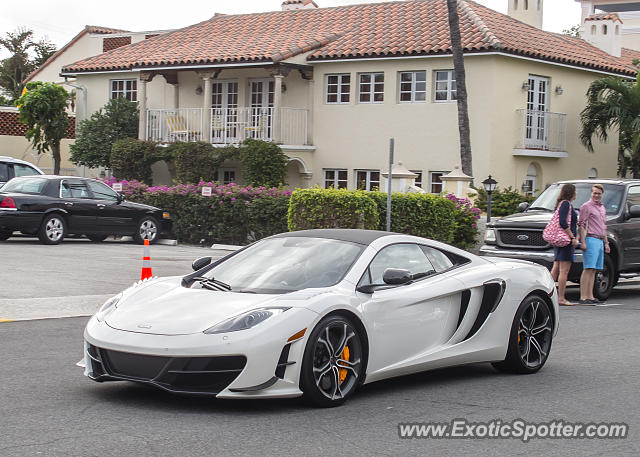 Mclaren MP4-12C spotted in Palm Beach, Florida