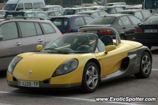 Renault Spider spotted in Montmelo (Barcelona), Spain