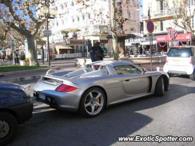 porsche carrera gt spotted in cannes france france on 12 28 2007 photo 2. Black Bedroom Furniture Sets. Home Design Ideas
