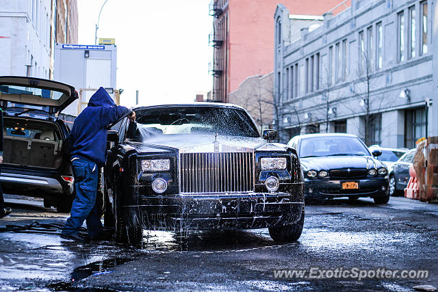 Rolls Royce Phantom spotted in Manhattan, New York