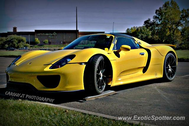 porsche 918 spyder spotted in golden colorado on 10 05 2013 photo 7. Black Bedroom Furniture Sets. Home Design Ideas