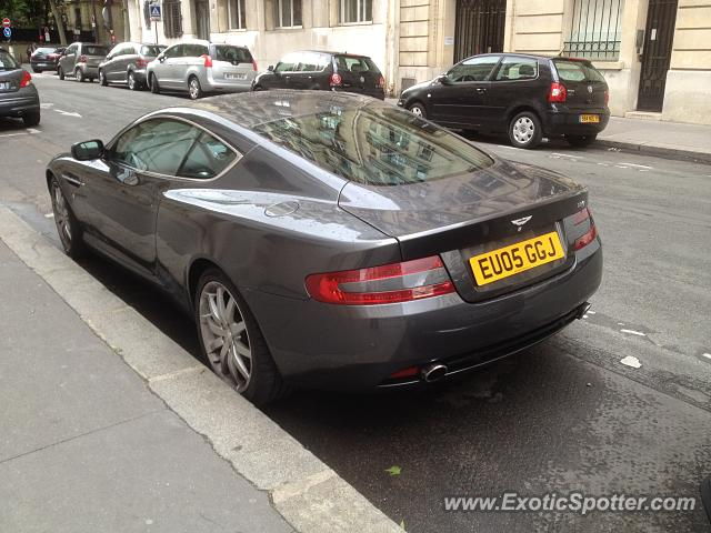 aston martin db9 spotted in paris france on 05 09 2014. Black Bedroom Furniture Sets. Home Design Ideas