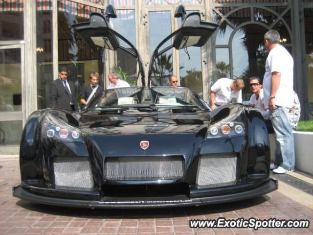 Gumpert Apollo spotted in Cannes, France