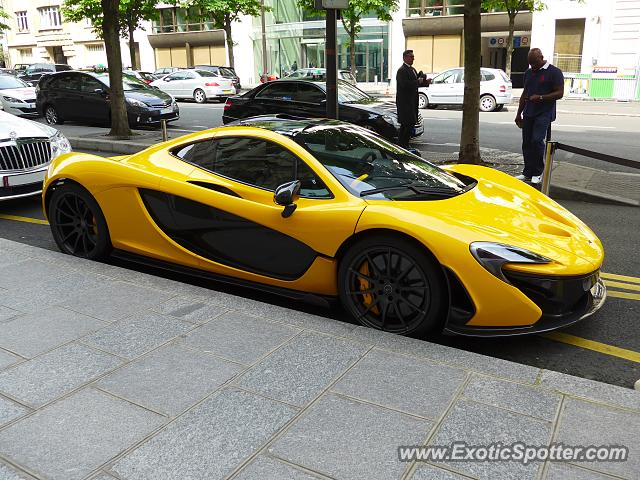Mclaren P1 spotted in Paris, France