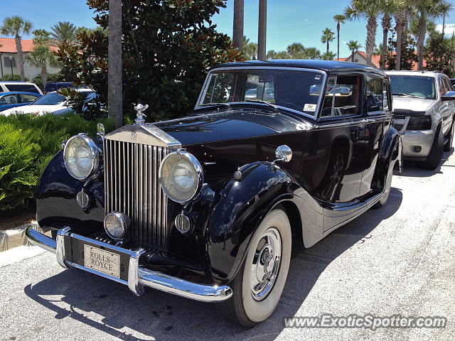 Rolls Royce Silver Wraith spotted in Ponte Vedra, Florida