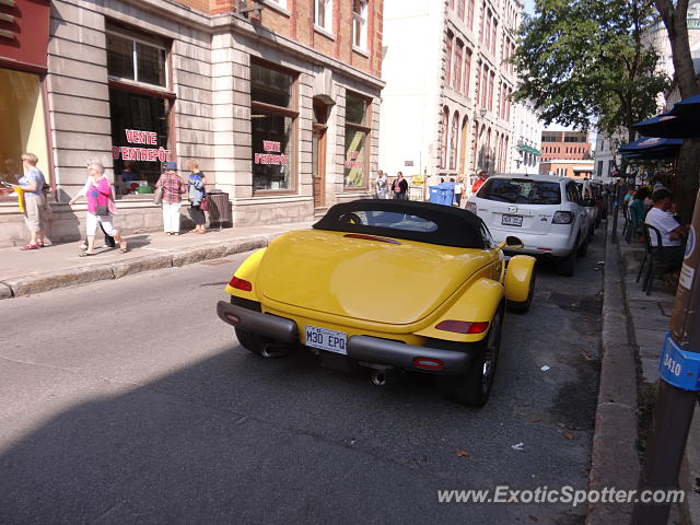 Plymouth Prowler spotted in Old Québec city, Canada