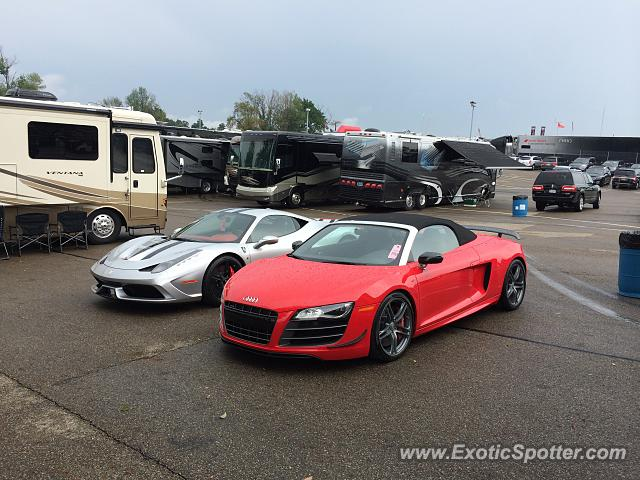 audi r8 spotted in lexington ohio on 08 02 2014. Black Bedroom Furniture Sets. Home Design Ideas