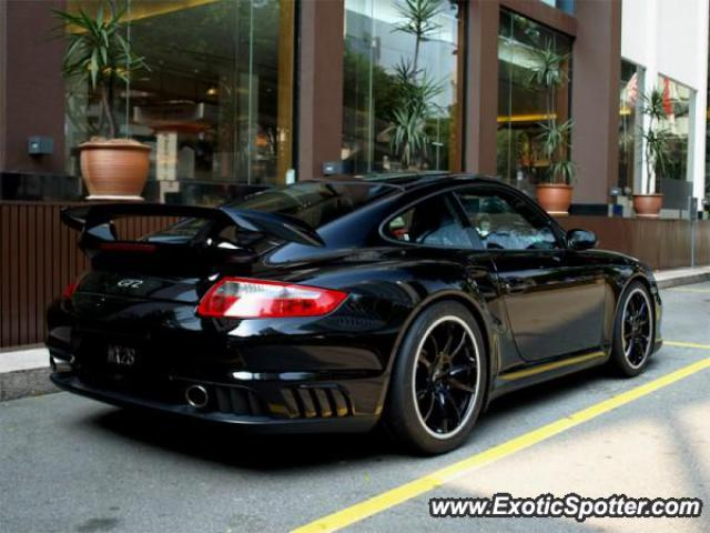 porsche 911 gt2 spotted in kuala lumpur malaysia on 08 06 2008. Black Bedroom Furniture Sets. Home Design Ideas