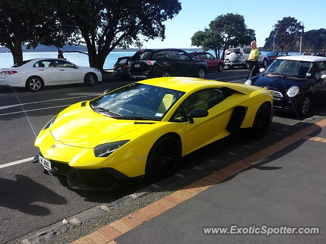 lamborghini aventador spotted in auckland new zealand on 10 29 2014. Black Bedroom Furniture Sets. Home Design Ideas