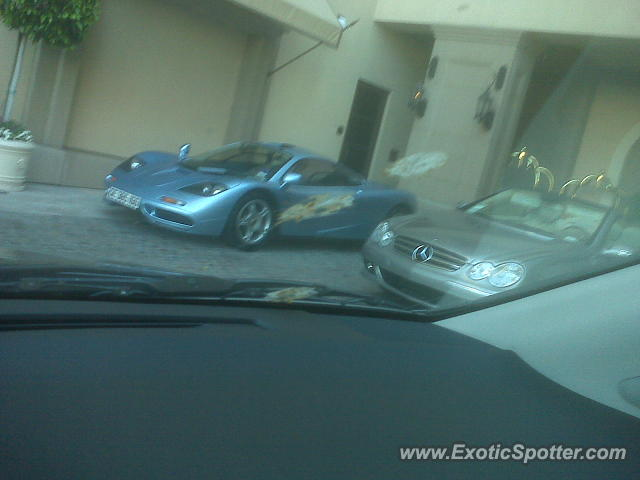 Mclaren F1 spotted in Beverly Hils, California