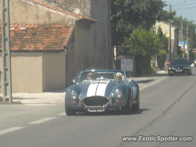 Shelby Cobra spotted in Isle s/ Sorgue, France