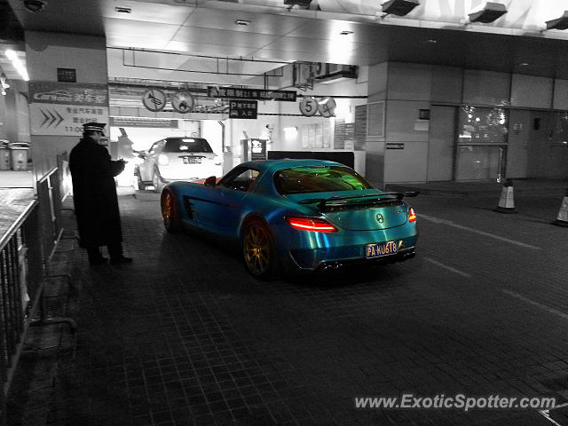 Mercedes SLS AMG spotted in Shanghai, China