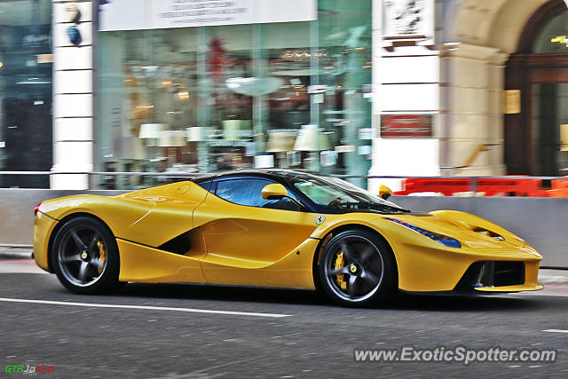 Ferrari LaFerrari spotted in London, United Kingdom