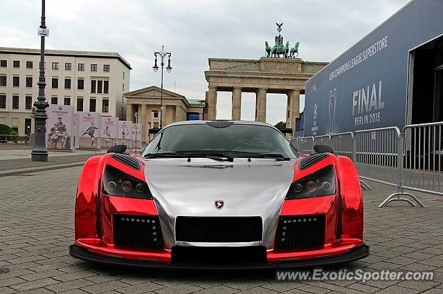 5a72a81047 Gumpert Apollo spotted in Berlin