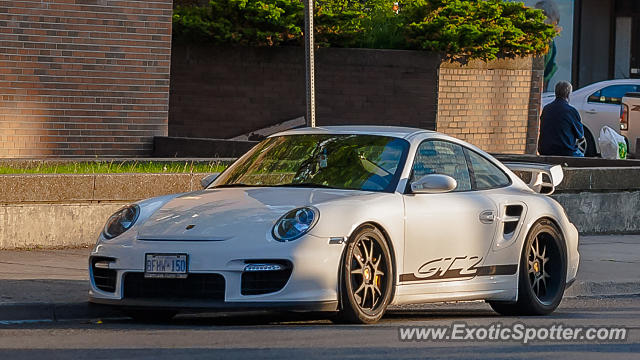 porsche 911 gt2 spotted in toronto on canada on 06 09 2015. Black Bedroom Furniture Sets. Home Design Ideas