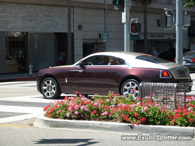 rolls royce wraith spotted in beverly hills california on 08 04 2015. Black Bedroom Furniture Sets. Home Design Ideas