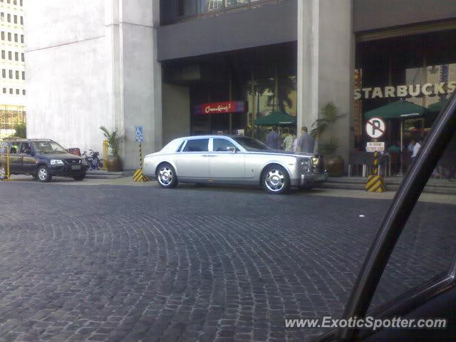 Rolls Royce Phantom spotted in Manila, Philippines
