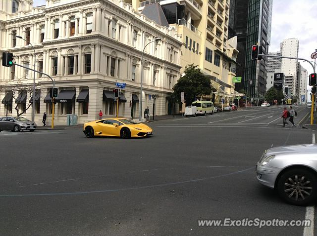 lamborghini huracan spotted in auckland new zealand on 08 22 2015. Black Bedroom Furniture Sets. Home Design Ideas