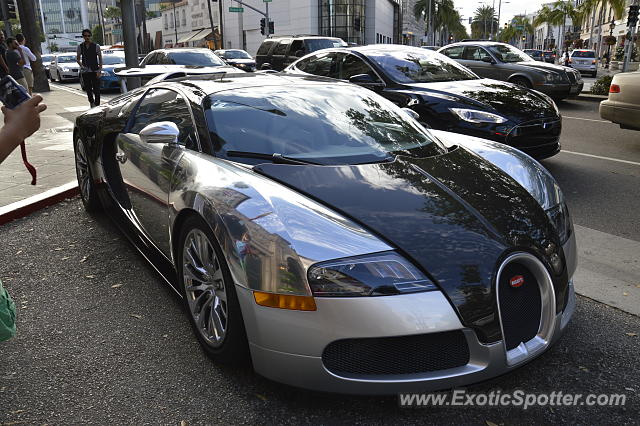 Bugatti Veyron spotted in Beverly Hills, United States