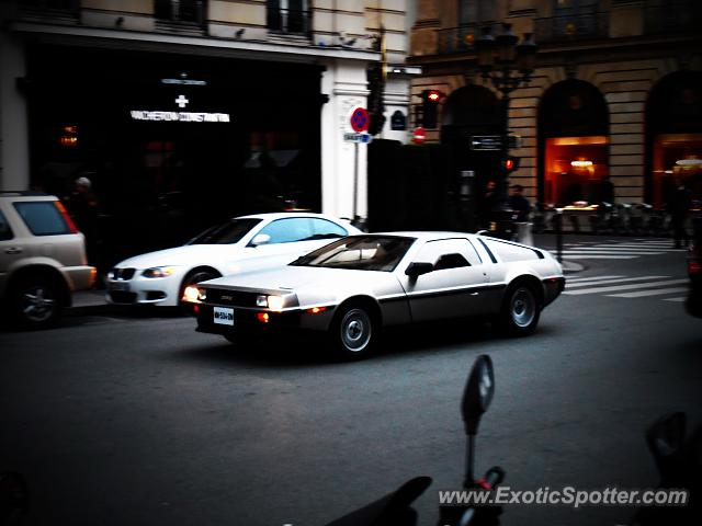 DeLorean DMC-12 spotted in Paris, France