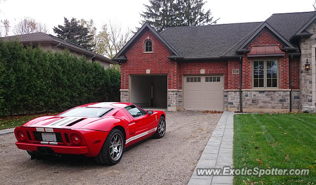 Burlington (ON) Canada  City pictures : Ford GT spotted in Burlington, ON, Canada on 10/31/2015