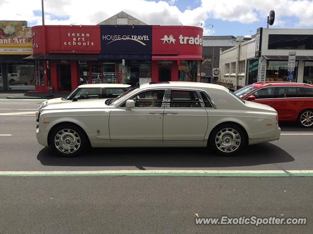 Rolls-Royce Phantom spotted in Auckland, New Zealand