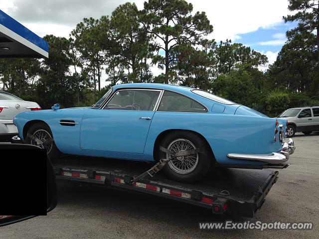 Aston Martin DB4 spotted in Stuart, Florida