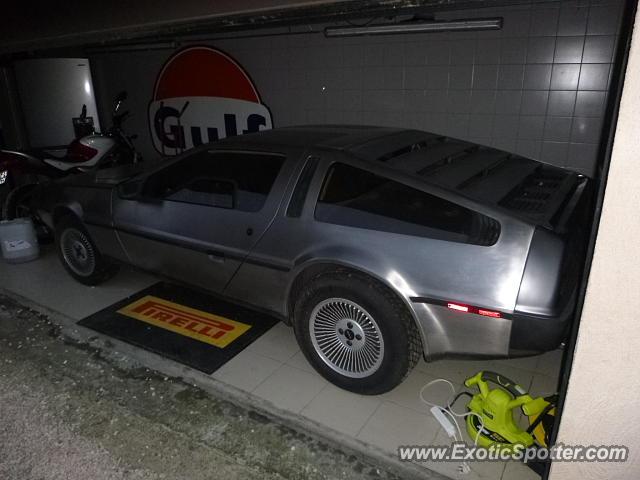 DeLorean DMC-12 spotted in Huy, Belgium