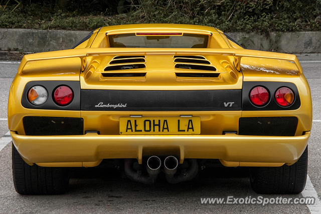 lamborghini diablo spotted in hong kong china on 12 13 2015. Black Bedroom Furniture Sets. Home Design Ideas