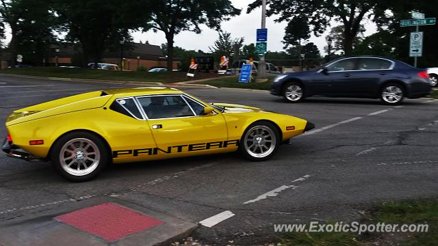 DeTomaso Pantera2 spotted in Downers Grove, Illinois