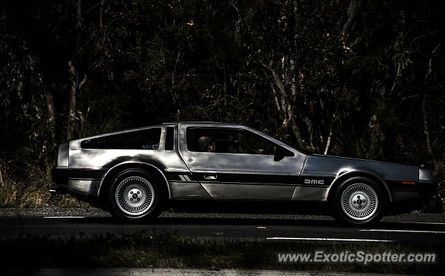 DeLorean DMC-12 spotted in Sydney, Australia