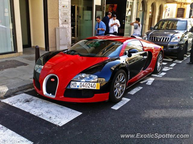 Bugatti Veyron spotted in Luxembourg, Luxembourg