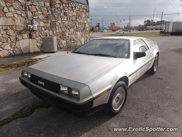 DeLorean DMC-12 spotted in Chattanooga, Tennessee