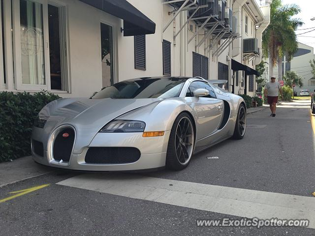 Bugatti Veyron spotted in Delray Beach, Florida